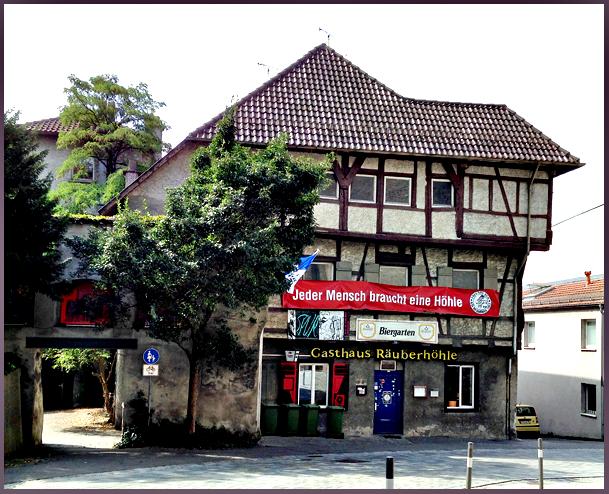 Jeder Mensch braucht eine HöhleR web (Ravensburg), 2015