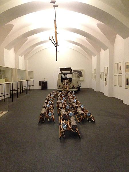 """Kassel Neue Galerie 2017 """"Das Rudel"""" von Joseph Beuys früher Doku006"""